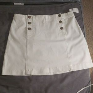 Abercrombie and Fitch white skirt